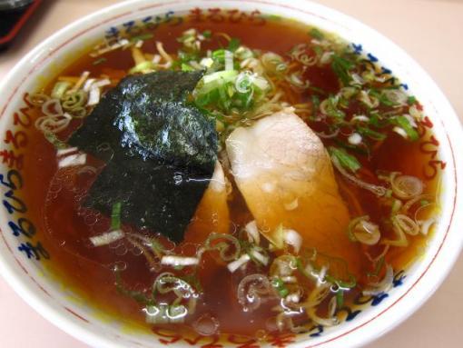 まるひら(醤油ラーメン)