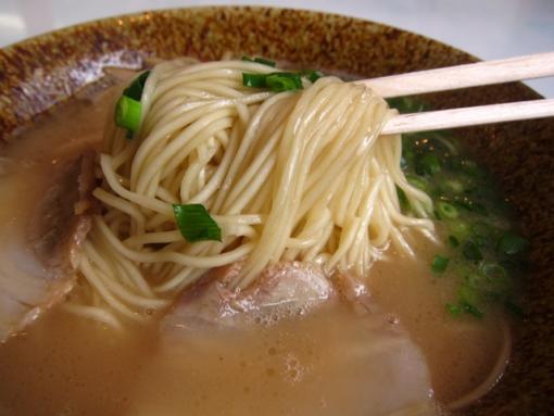 ドルフィン(麺)