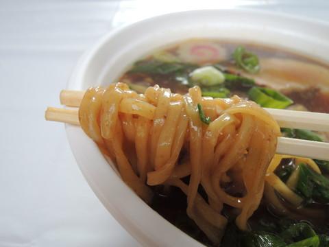 大和ヌードルの麺(ラーメン家みつ葉 自家製麺)