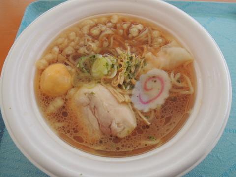 山形 鶏中華(800円)