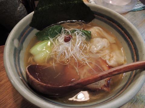 海老ワンタン麺(800円)