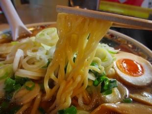こうめい長潟 ラーメン葱増 麺