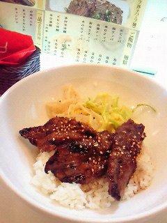 02焼き肉丼