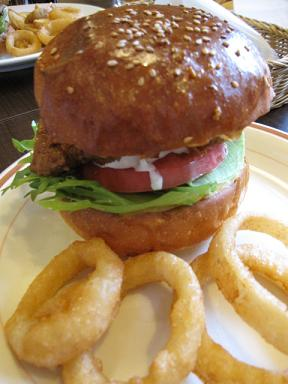 タンドリーチキンバーガー!!