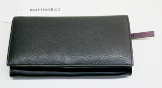 マリメッコ 財布 ブラック