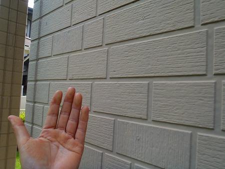 03サイディング塗膜のチョーキング