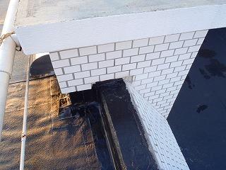 08 壁のかき込み箇所シーラー塗布