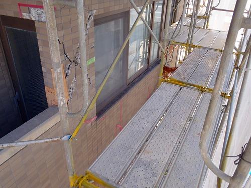 07 妻側外壁 枠組み足場架設