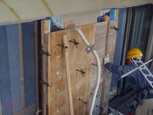 05 バルコニー外壁側型枠組み01
