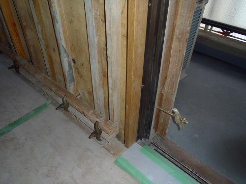 03 バルコニー室内側型枠組み02