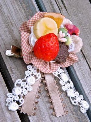 fruit corsage02.jpg