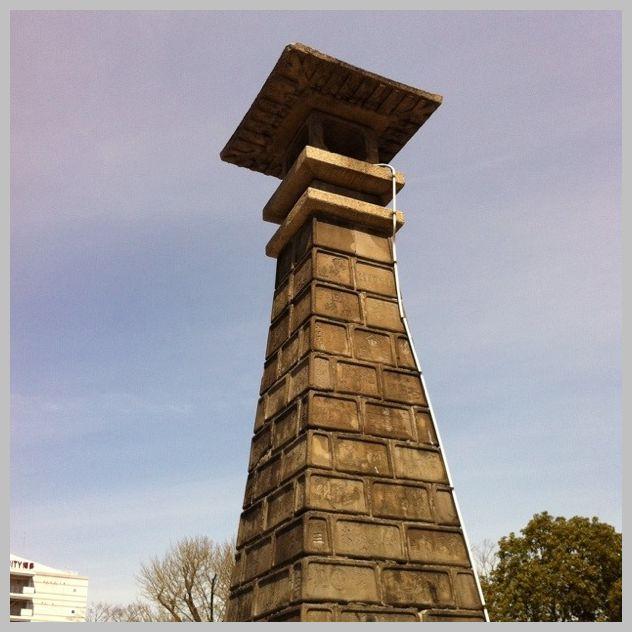 博多町家寄進高灯篭