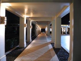 領事館廊下