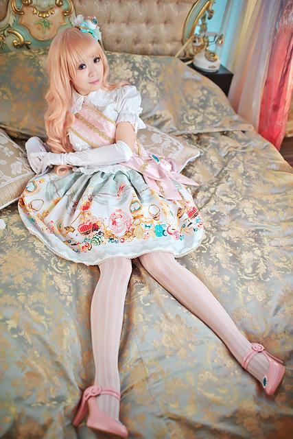 lolita2.jpg