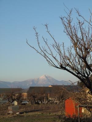 磐梯山(会津美里町より)