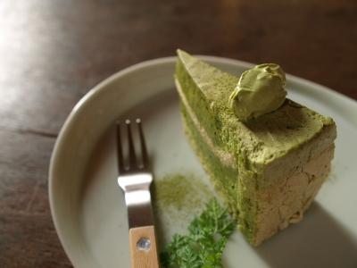 抹茶のムースケーキ@三番山下