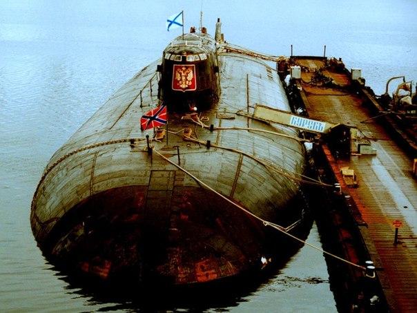 ロシア海軍の潜水艦はセイルのエンブレムを廃止する   N.G ...
