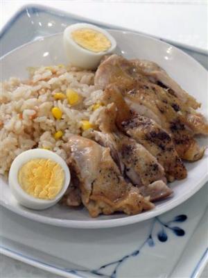 炊飯器で作る海南チキンライス