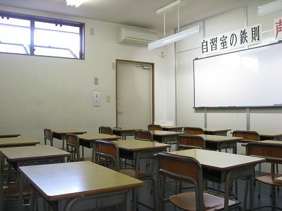 自習室 104