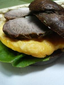 20110124煮豚DEサンド.0jpg