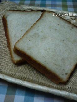 20110216角食by酒粕酵母エキス01