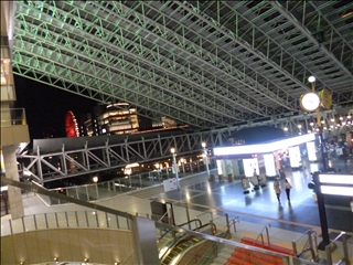 2013-04-17JR大阪駅 (2)_0