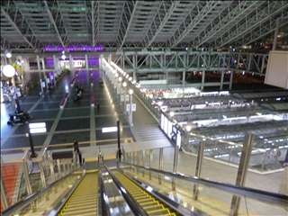 2013-04-17JR大阪駅_0
