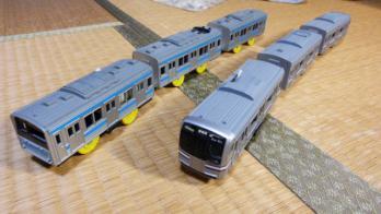 通勤電車スカイブルー、E217系横須賀線