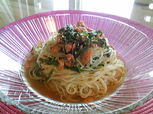 鮭フレークと紫蘇のお素麺♪