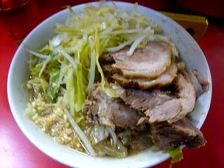 ラーメン二郎三田本店(小豚横)