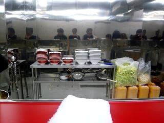 ラーメン二郎湘南藤沢支店(店内)