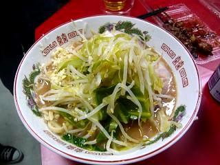 ラーメン二郎湘南藤沢店(一杯目2)