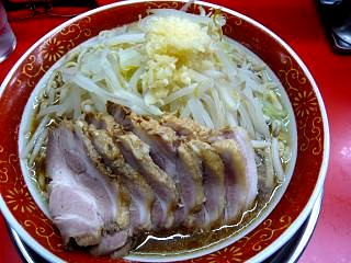 麺でる戸越店(大盛りラーメンその1)