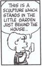 (3)これは 邸のすぐ裏の小さな庭にある彫刻・・・