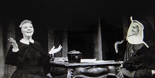 メアリー・マーティン(左)、オリジナル・ブロードウェイ舞台写真