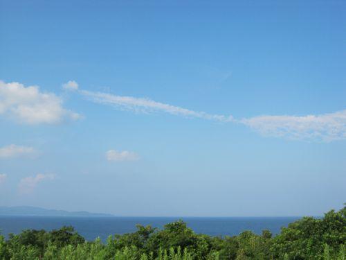 藍色に近い海色