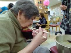 東京都 足立区 介護老人保健施設(入所・短期入所・ショートステイ)  千寿の郷 流しソーメン8