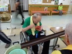 東京都 足立区 介護老人保健施設(入所・短期入所・ショートステイ)  千寿の郷 流しソーメン6