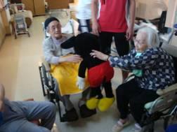 東京都 足立区 介護老人保健施設(入所・短期入所・ショートステイ) 千寿の郷 転ばないぞ体操(4)