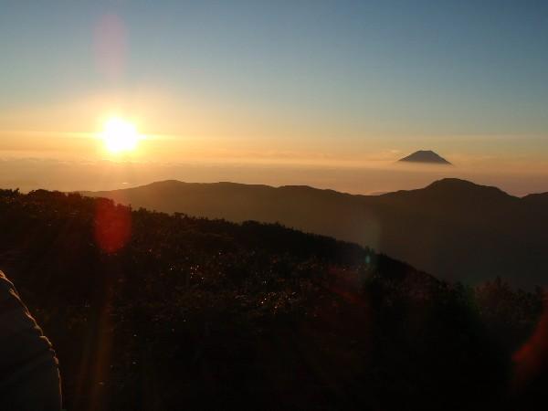 富士見平で朝日