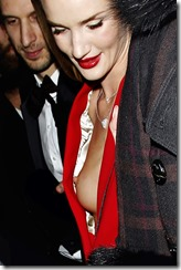 rosie-huntington-whiteley-251206-1 (13)