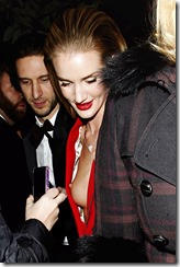 rosie-huntington-whiteley-251206-1 (14)