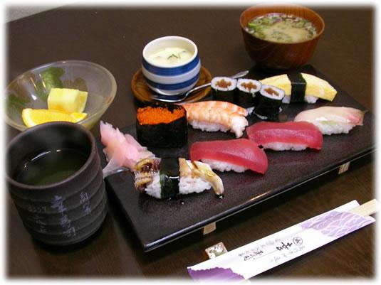 ランチにぎり寿司セット