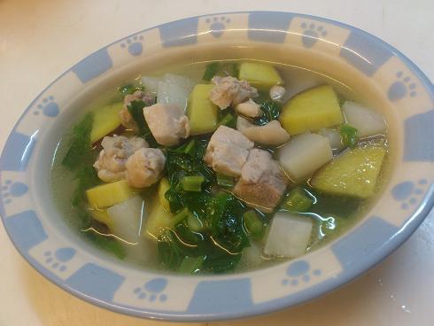 鶏もも肉とかぶのスープ煮