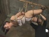 緊縛 拘束 囚われの女