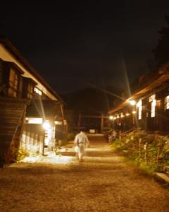 鶴の湯玄関(夜)_R