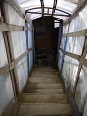 お風呂につながる階段_R