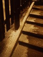 階段の雪(縦)_R