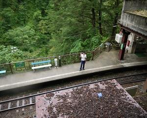 黒薙駅2_R