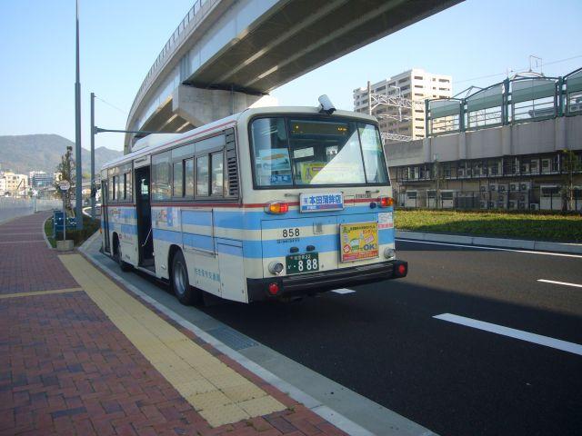 佐世保駅前みなと口前畑からのバス